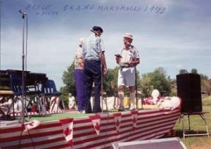 1993 reeve doug stevenson awarding the parade grand marshall s